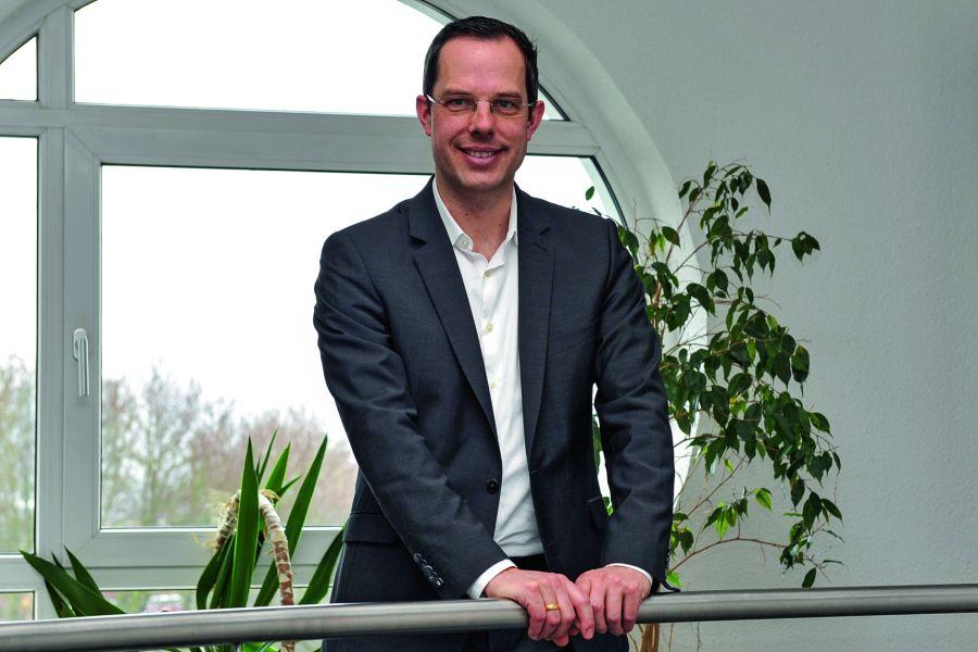 Dr. Thomas Kneip in der Konzernzentrale.