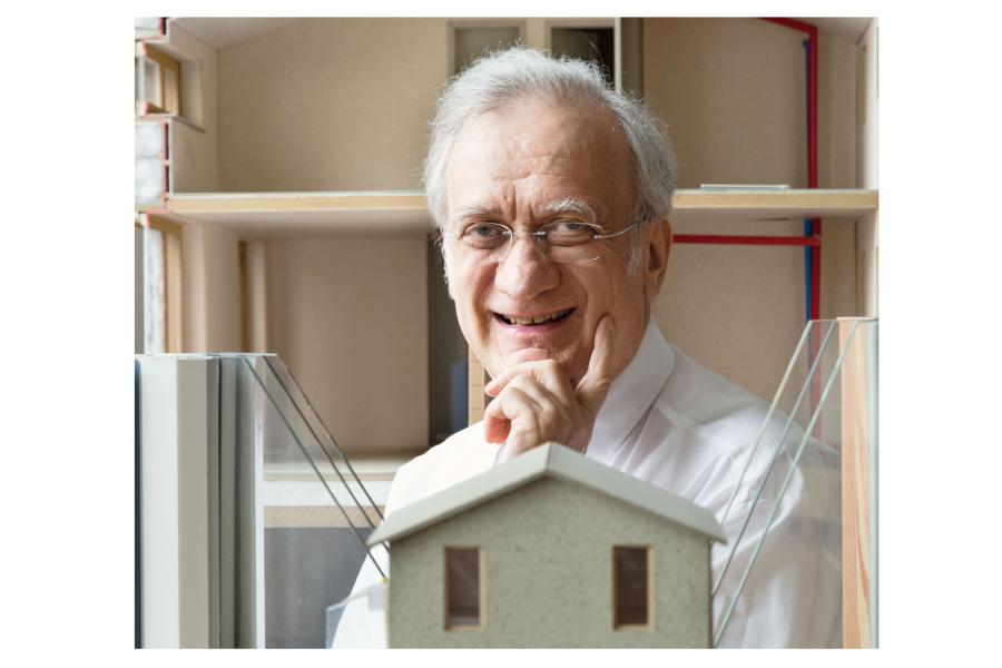 Prof. Dr. Wolfgang Feist gilt als Vorreiter des Passivhaus-Standards. Er ist Gründer und Leiter des Passivhaus-Instituts in Darmstadt.