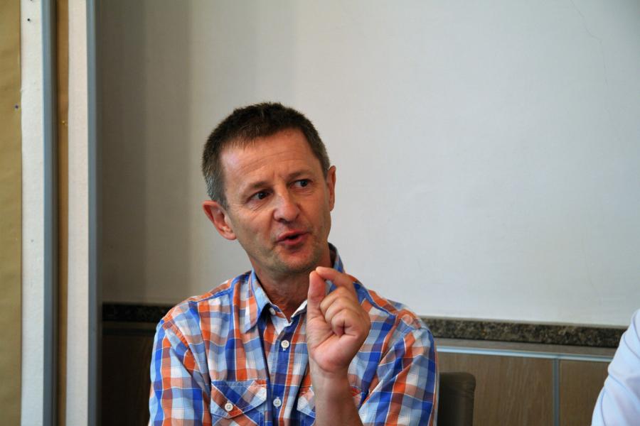 Bernd Scheithauer bei der Diskussion zum Hydraulischen Abgleich.