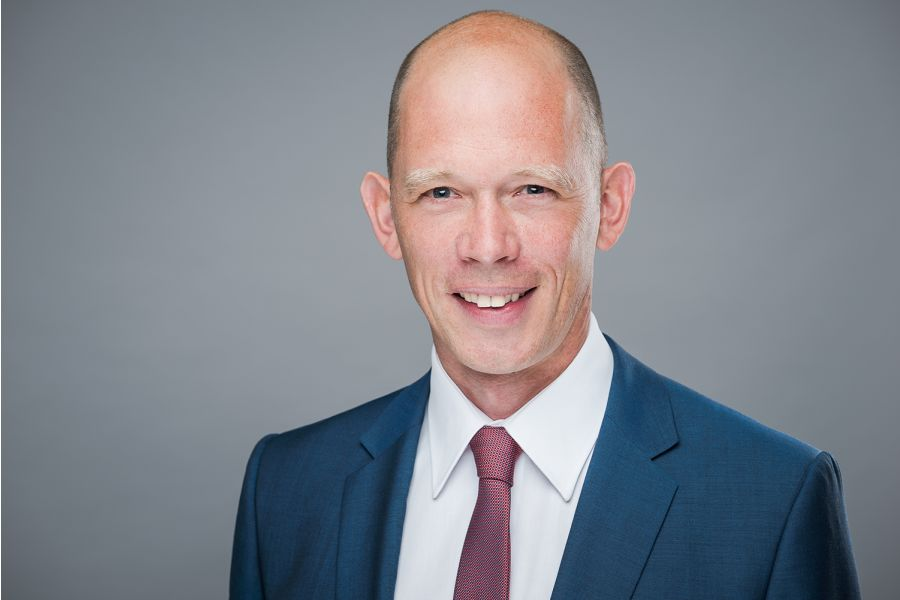 Portraitfoto von Thomas Knoop, Executive Vice President, ZGS.