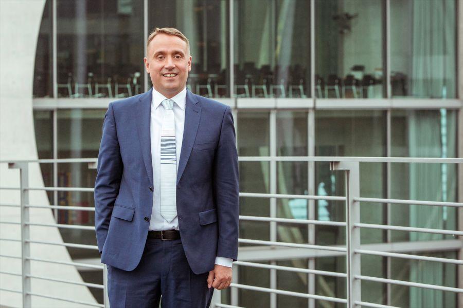 Das Bild zeigt den VfW-Vorstandsvorsitzenden Till Reine.