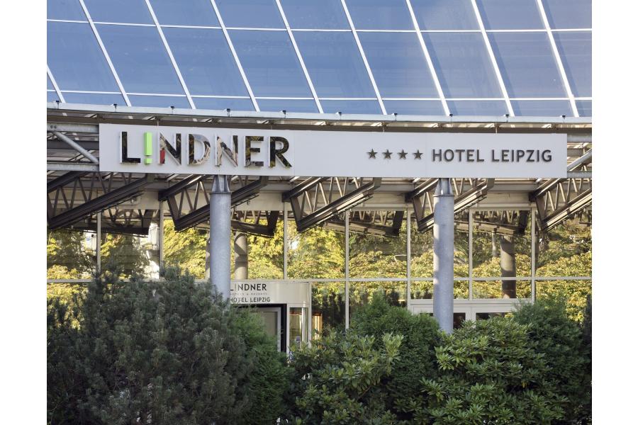 Das Lindner-Hotel Leipzig von außen.