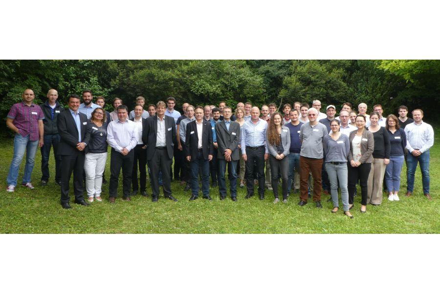 Das Team des neuen IGTE der Universität Stuttgart.