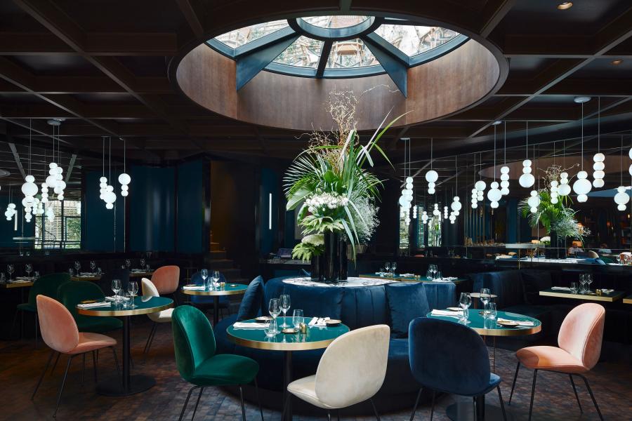 Blick in das elegante Restaurant des Le Roch Hôtel & Spa Paris.