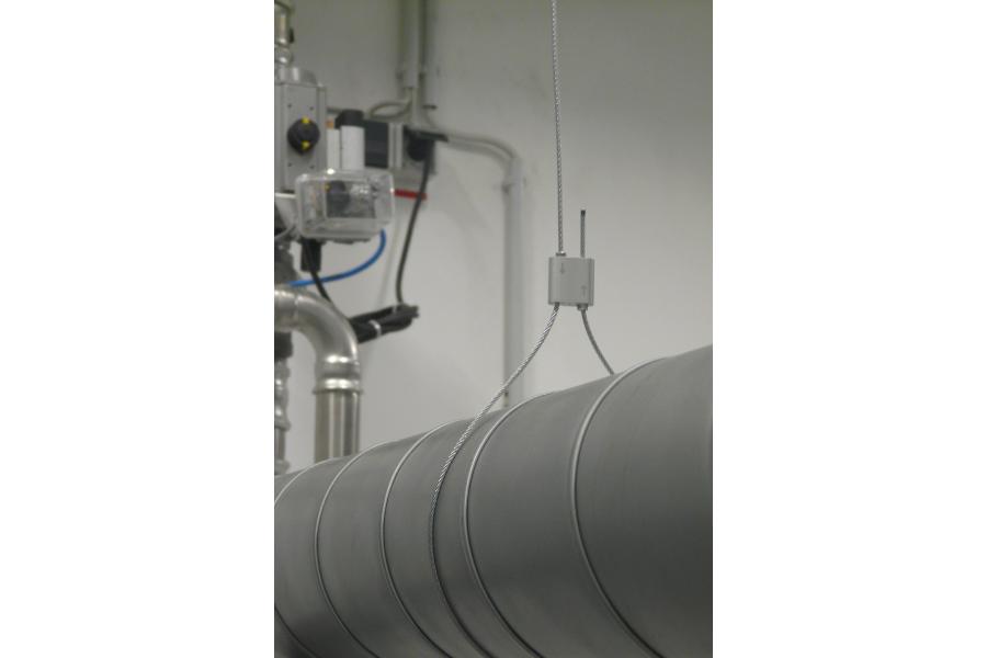 Abhängungssystem von MEFA für Rohre in der Klima- und Lüftungstechnik.