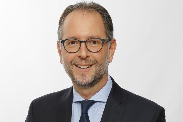 Das Bild zeigt Andreas Schneider im Portrait.