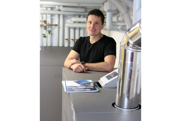 Intelligent konstruierter Pelletkessel ersetzt Ölheizung