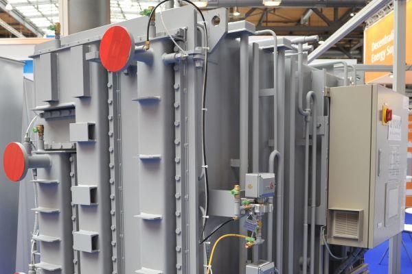 Der Absorptionsflüssigkeitskühler der Serie YHAU CL EXE von Johnson Controls.