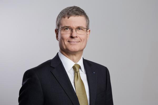 Dr. Brunck nicht mehr CFO von Richter+Frenzel