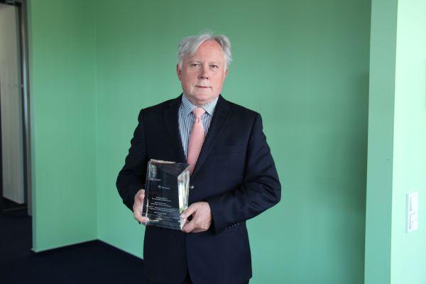 Peter Ley mit dem DW-Zukunftspreis.
