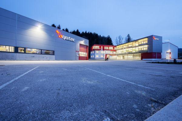 Der Unternehmenstammsitz von aqotec: Spezialist für Nah- und Fernwärme und dezentrale Wärmelösungen