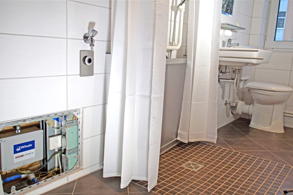 Barrierefreies Bad entscheidend für häusliche Pflege