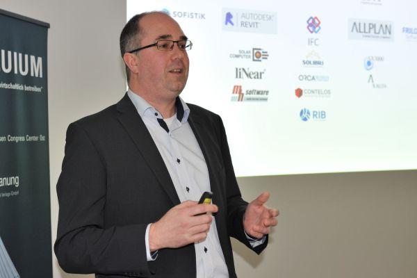 Jens Reineke, BFT Planung, während seines Vortrags beim 1. Kolloquium