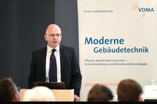 Neue EU-Gebäuderichtlinie gibt den Weg vor