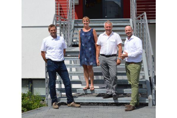 Geschäftsführerwechsel bei der heizkurier GmbH  (v.l.n.r.: Tim Debus, Britta Kaets und Martin Hecker, Martin Reuland).