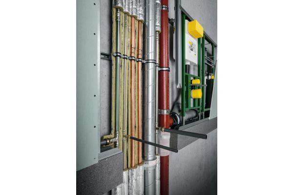 Eine typische Mischinstallation: Rohrleitungen aus diversen Werkstoffen.