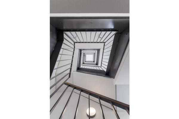 Ein Treppenhaus.