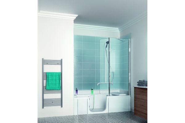 """Ideal auch für kleine Räume: Die Duschbadewanne """"DUO"""" von Kinedo by SFA Sanibroy."""