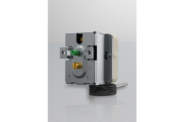 Neuer 3-phasiger Einbauthermostat von Jumo
