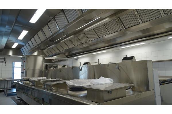 Küchenlüftung in der 25. Etage