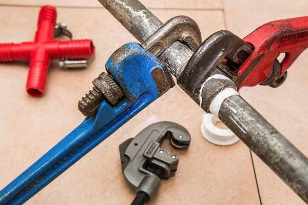 Eine Reihe unterschiedlicher Werkzeuge.