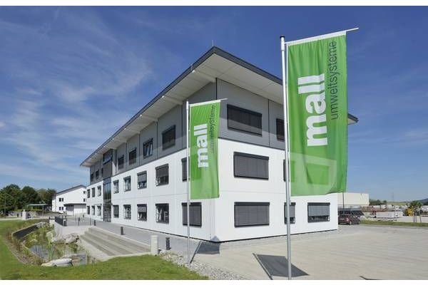 Das Bild zeigt das Mall-Stammwerk in Donaueschingen.
