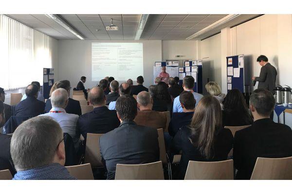 """Das Bild zeigt die Teilnehmer des  Forschungsseminars """"Die Zukunft des Lötens: Herausforderungen und Chancen für die Löttechnik""""."""
