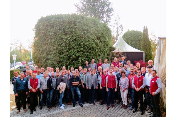 Die Teilnehmer des Hargassner Gipfeltreffens 2018.