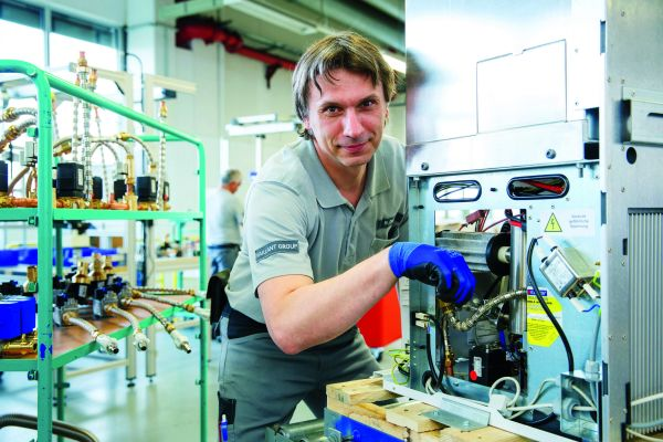 Die Produktion eines Brennstoffzellen-Heizgeräts.