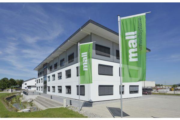 Das Bild zeigt die Mall-Firmenzentrale in Donaueschingen.