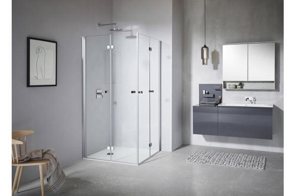 Das Bild zeigt die Duschwand aus der Serie