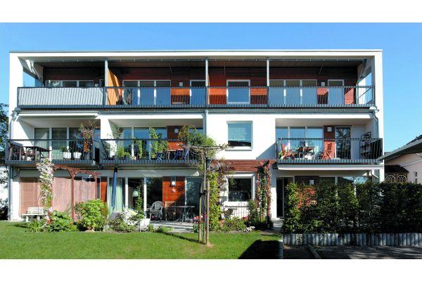 Südausrichtung aller Balkone, Terrassen, Wohnräume, Garten und Solaranlagen.