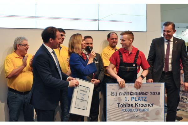 Das Bild zeigt die Gewinner der ISH-Championship.