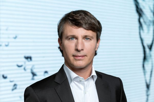 Das Bild zeigt Christian Steinberg.
