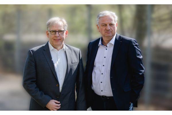 Das Bild zeigt Dr. Jens-Uwe Heitsch und Franz Thiele.