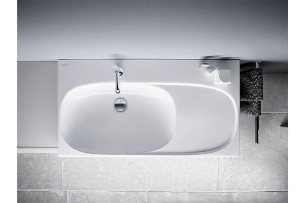 """Das Bild zeigt den """"Acanto""""-Waschtisch von Geberit."""