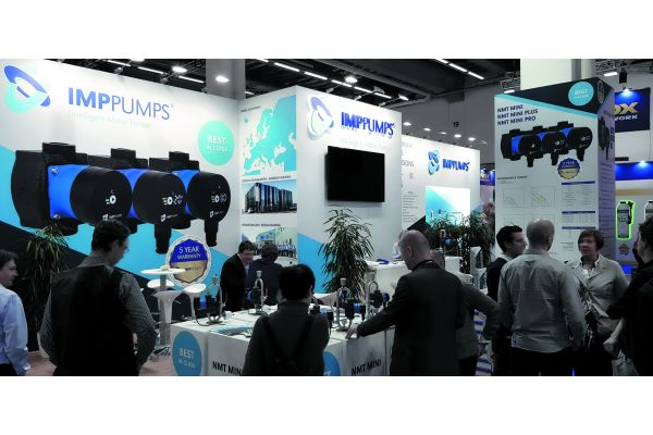 Konkurrenz belebt das Geschäft – und kommt augenscheinlich an beim internationalen Publikum, wurde auf dem ISH-Messestand von IMP-Pumps deutlich.