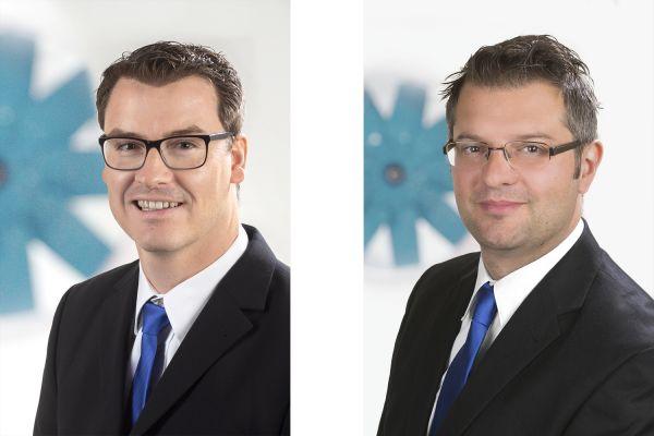 Das Bild zeigt Fabian Schroedter und Günes Geren.