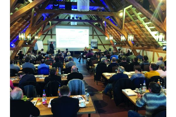Das Bild zeigt die Teilnehmer der Seminarreihe.