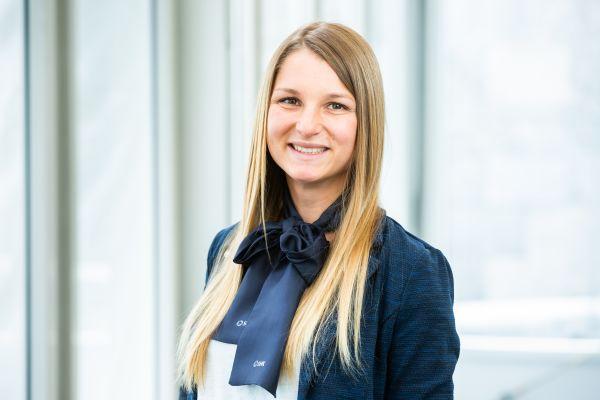 Porträtfoto von Tina Götz.