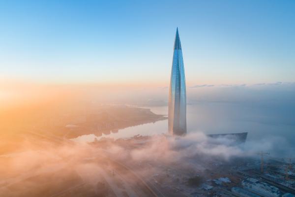 Grüne Pumpen in Europas höchstem Gebäude
