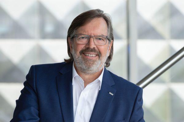 Das Bild zeigt Wolfgang Schneider.