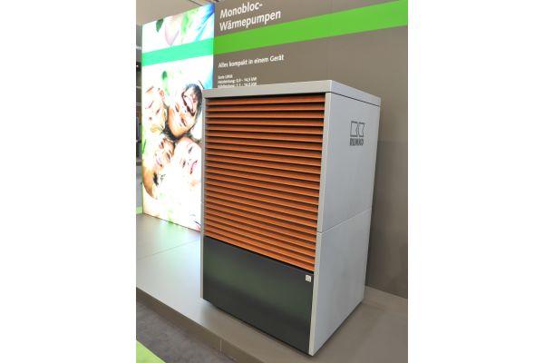 Eine Luft/Wasser-Wärmepumpe LWM.