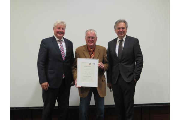 Fachverband SHK Bayern: Peter Leutner zum Ehrenmitglied ernannt