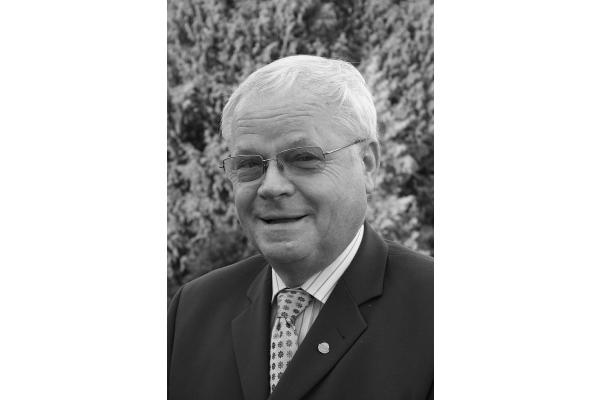 ZVSHK-Ehrenpräsident Bruno Schliefke verstorben