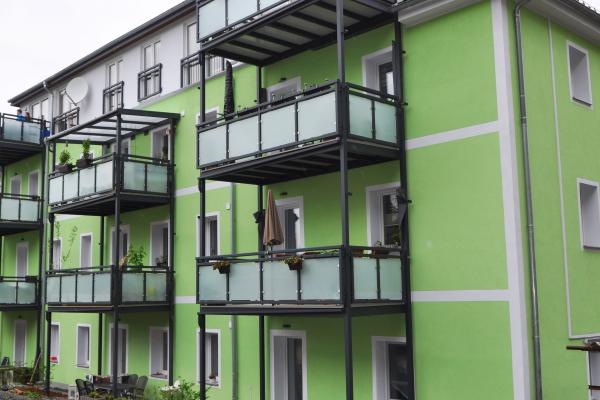 Zwölffamilienhaus in Pirna setzt auf dezentrale Wärmepumpen