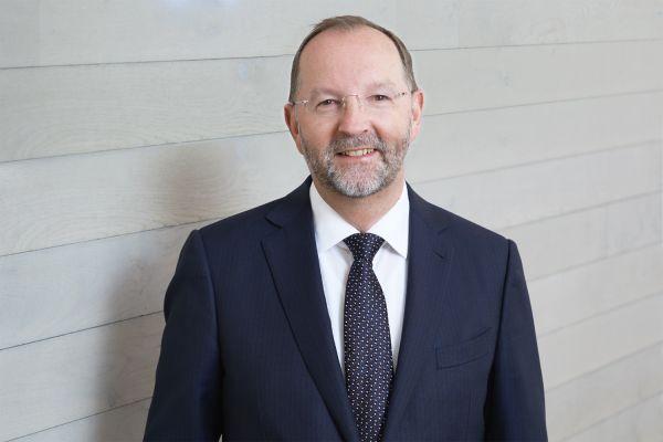 Das Bild zeigt Prof. Dr. Frank Richter.
