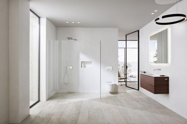 Das Bild zeigt ein Badezimmernmilieu.