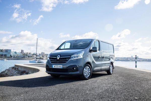 """Das Bild zeigt einen Renault """"Trafic""""."""