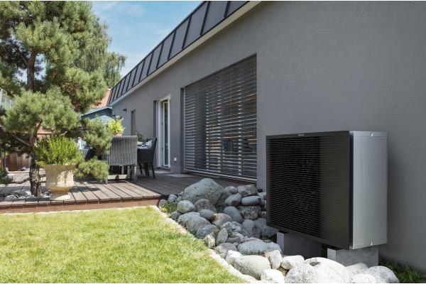 Daikin: Neue Wärmepumpe für Renovierung und Neubau